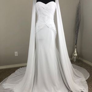 Mary's Bridal Dresses - Romantic Fit-n-Flare Wedding Dress! Size 6